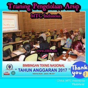 Training Pengelolaan Pusat Arsip